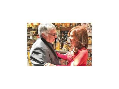 Lugo desea éxito a Cristina Fernández en su carrera hacia la vicepresidencia