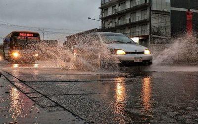 Domingo con lluvias y tormentas eléctricas