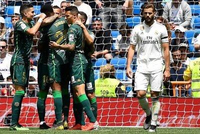 Betis derrota a un Real sin orgullo