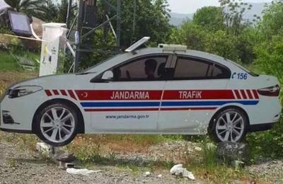 En Turquía están colocando patrulleros de cartón en las carreteras y esta es la razón