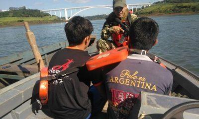 Menores transportan marihuana por el río Paraná