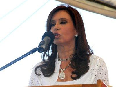 Cristina  pasa al banquillo judicial en plena campaña en la Argentina