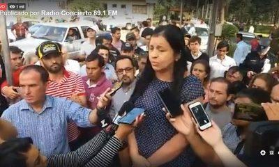 Planilleros encabezados por «Kelembú» intentaron agredir a Yolanda Paredes