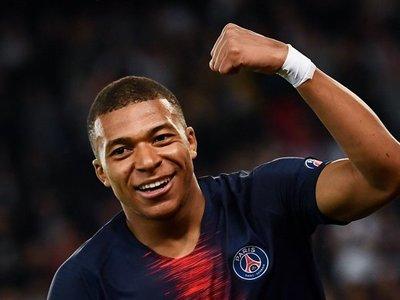 PSG asegura que Mbappé seguirá en el equipo