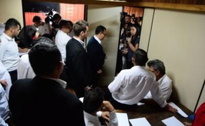 Inicia revisión de contratos irregulares en la Municipalidad