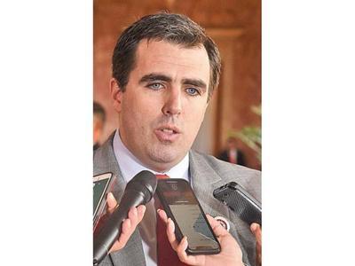 Millonario bono de gobierno de Cartes no alcanzó para recuperar INC, dice titular