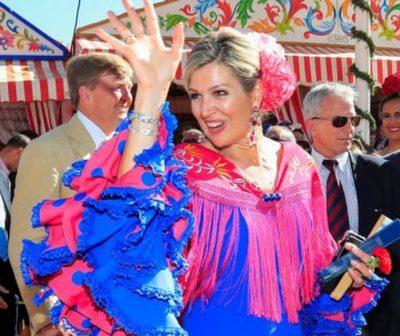 Prohíben difusión de videos donde se ve a la reina de Holanda bailando.