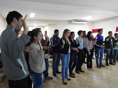Funcionarios de la Municipalidad de Hernandarias se capacitan para ser promotores ambientales
