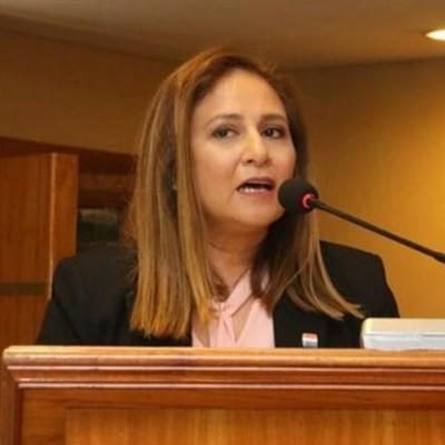 Lorena Segovia fue elegida como nueva defensora general