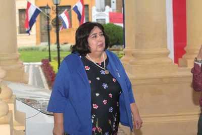 Ministra plantea una asistencia integral antes que subsidiar a víctimas colaterales de feminicidio
