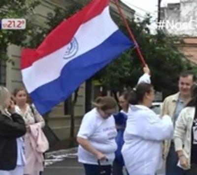 Médicos irán a huelga en junio, tras veto parcial a ley de jubilación