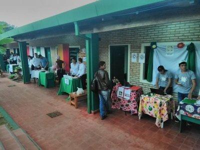 Feria para impulsar el emprendedurismo en Horqueta
