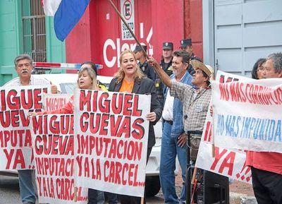 Cambian por una semana a fiscal del caso Cuevas