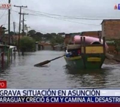 El desolador panorama de los poblados inundados en barrio Santa Ana