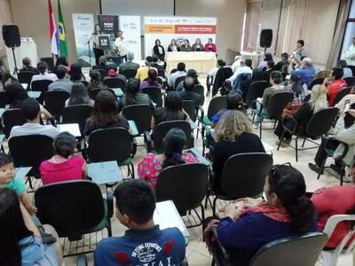 Realizan conversatorio sobre las lenguas indígenas del Paraguay