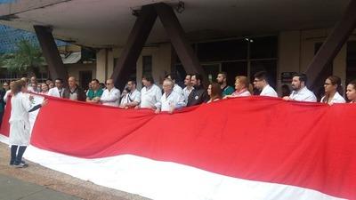 """Médicos del Hospital del Trauma en """"pie de guerra"""" ante el veto parcial"""
