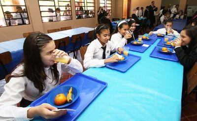 Anuncian movilización por inclusión de banana en merienda escolar