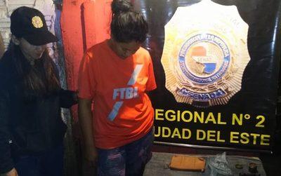 Detienen a distribuidora de drogas en Ciudad del Este