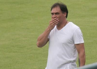 """Despidieron a """"Chito"""" Ayala y buscan nuevo DT en Capiatá"""