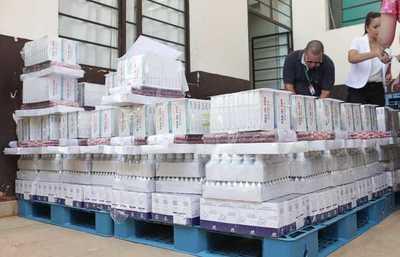 Salud entrega medicamentos para reforzar asistencia a damnificados en Presidente Hayes
