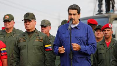 """Maduro ordenó capturar a cualquier """"traidor"""" en las Fuerzas Armadas"""