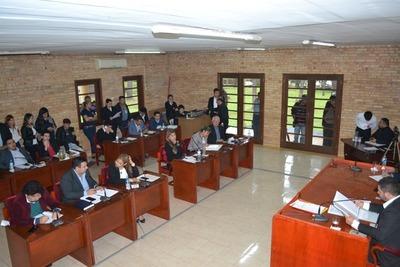 Concejales contraatacan por despido de planilleros