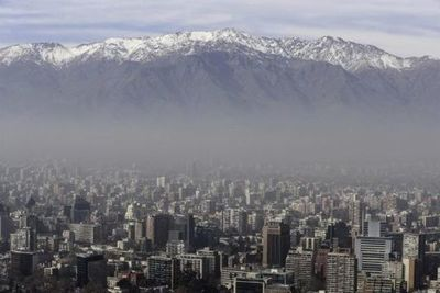 Primera alerta ambiental del año por calidad del aire en Santiago de Chile