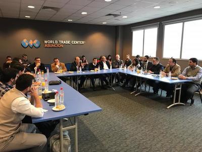 Presentan proyectos de transformación digital a referentes de sector TIC y sociedad civil