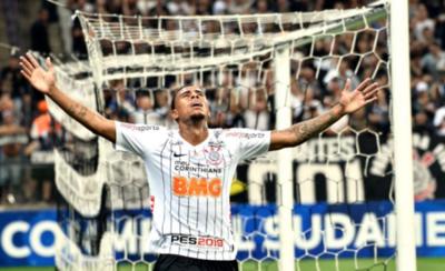 HOY / Corinthians da el primer paso ante el Lara de los paraguayos Miers y Frutos
