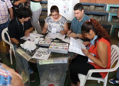 Desbloqueo de listas y el uso de urnas electrónicas