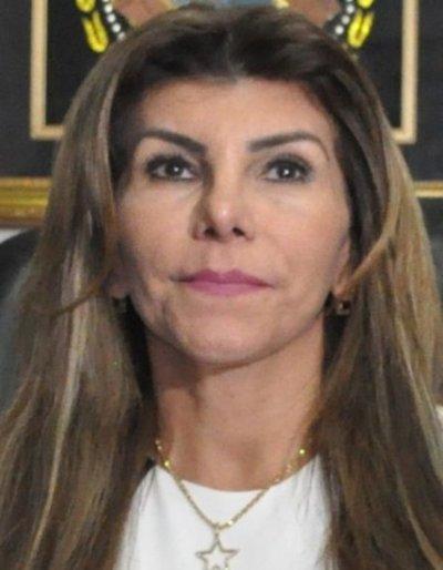 CDE: 400 planilleros de Perla de Cabral, afuera de la Municipalidad