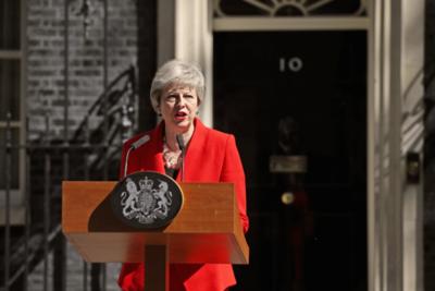 Theresa May dimite y dejará Downing Street el 7 de junio