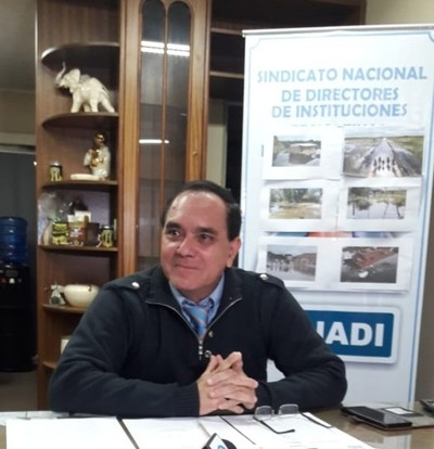 Lo que hace el MEC son golpes mediáticos de prensa cada vez que hay conflicto, dice Miguel Marecos