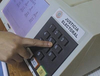 Tribunal se dispone a preparar comicios con urnas electrónicas