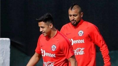 HOY / Chile defenderá la corona de Copa América con Vidal y Sánchez, pero sin Bravo