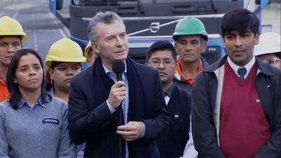 Macri critica la «corrupción» kirchnerista al inaugurar obra de Buenos Aires
