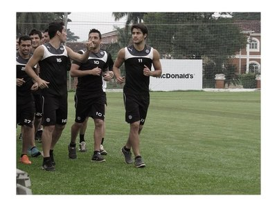Pablo Zeballos tendría vía libre para volver a Olimpia