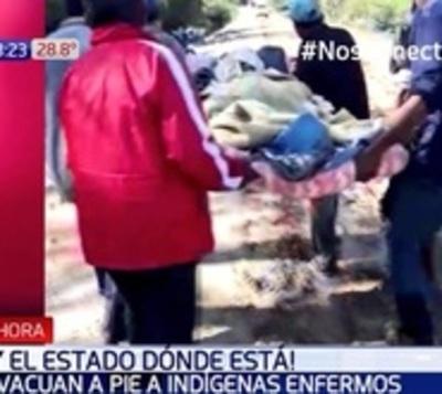 Abandono del Estado: Evacuan 30 kil pie a indígena enfermo