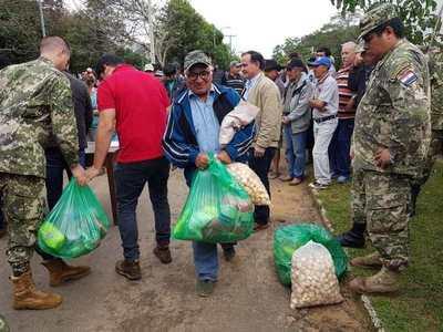 Asisten a familias damnificadas en Yabebyry