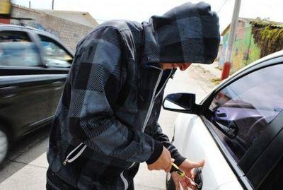 """""""Burlá a los robacoches"""" con dispositivos GPS, dice la Policía"""