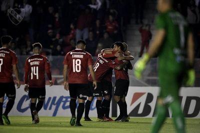 Con gol de Cecilio, clasificó Independiente