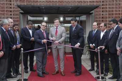Inauguran complejo deportivo de la APF