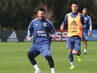 Messi se entrena con Argentina por primera vez con miras a la Copa América