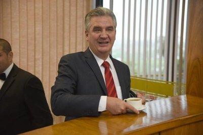 Bacchetta pide renuncia del titular del IPS
