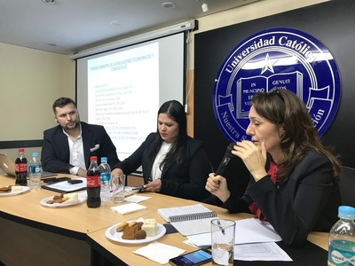 """""""Paraguay: país muy bien vistocomo amigo de inversiones en el mundo"""", según UIP Joven."""