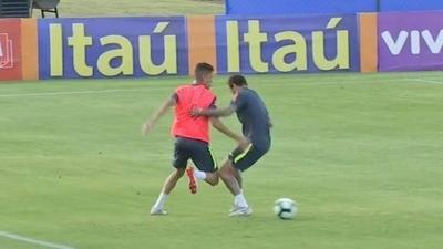 HOY / Abandona la concentración de Brasil el juvenil que le hizo un caño a Neymar