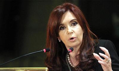 Unidad antilavado argentina pide procesar a Cristina Fernández tras escuchas