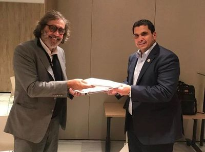 APF firma contrato para juegos de Albirroja