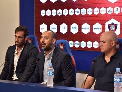 El técnico que tomaría ventaja en la carpeta de Cerro Porteño
