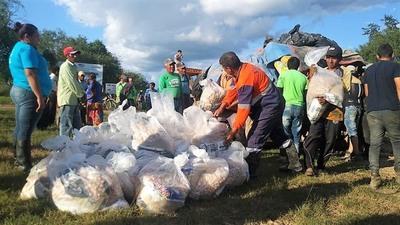 Anuncian segunda tanda de asistencia a 45.000 familias afectadas por crecidas